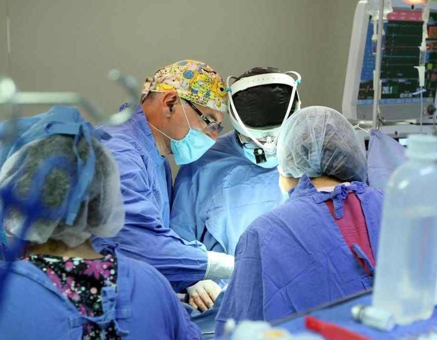زخم عمل قلب باز در کودکان